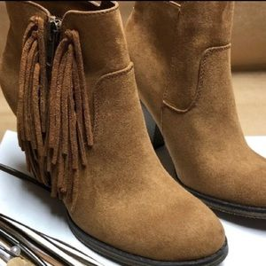 NWT Mia Brown Suede Ankle Boot With Fringe